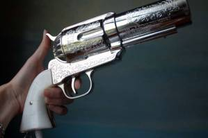 Charlie&#8217;s Christmas Present Ideas:<br>357 Magnum Vintage Pistol Hair Dryer